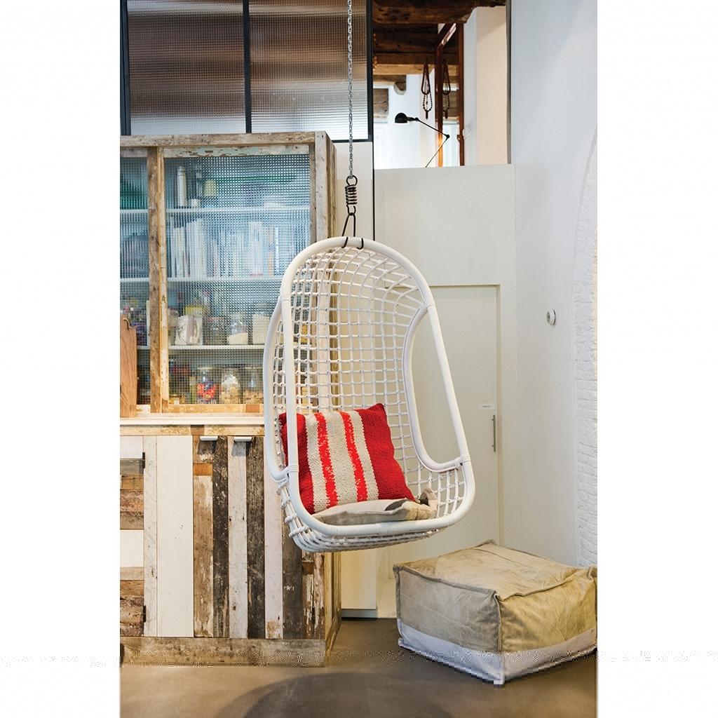 krzeslo-wiszace-biale