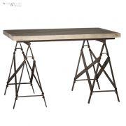 Stolik drewniany z metalowymi nogami