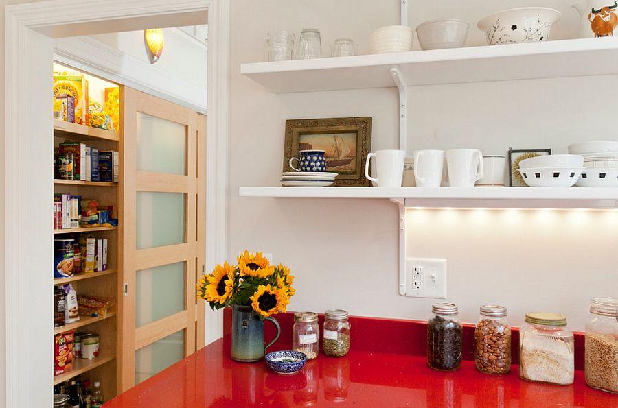 spiżarnia pomoga zachować porządek w kuchni