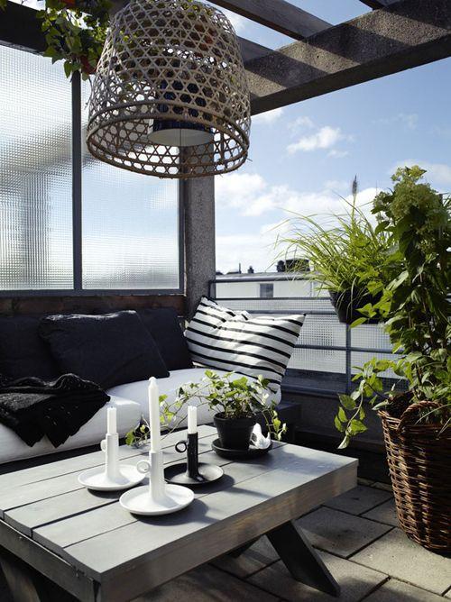 Balkon W Stylu Skandynawskim - Stolik Z Palet