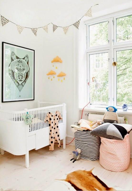 Pokój Dziecięcy W Stylu Skandynawskim - Duże okno bez firan otwiera i rozjaśnia wnętrze