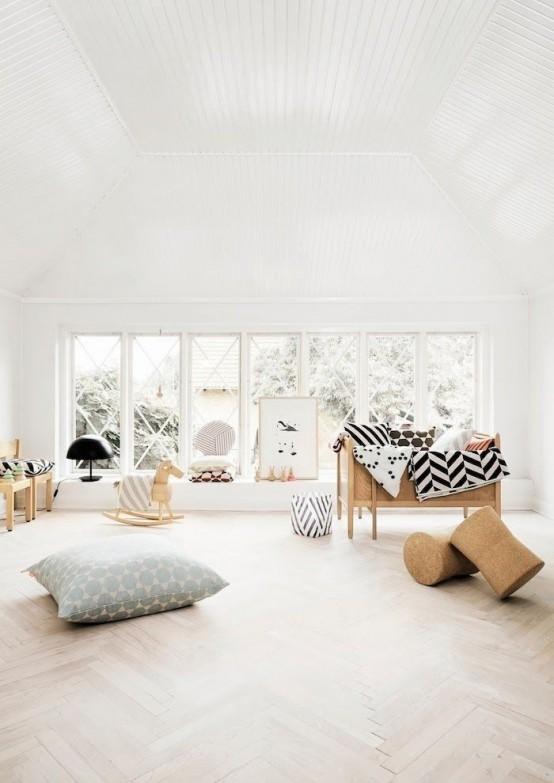 Pokój Dziecięcy W Stylu Skandynawskim - Duże okno, drewniana podłoga, białe ściany