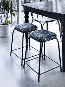 stołki stół pokój Nordal