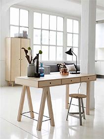 biurko kolor naturalny House Doctor